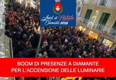 Diamante: boom di presenze all'inaugurazione delle luminarie,  aspettando Miss Italia